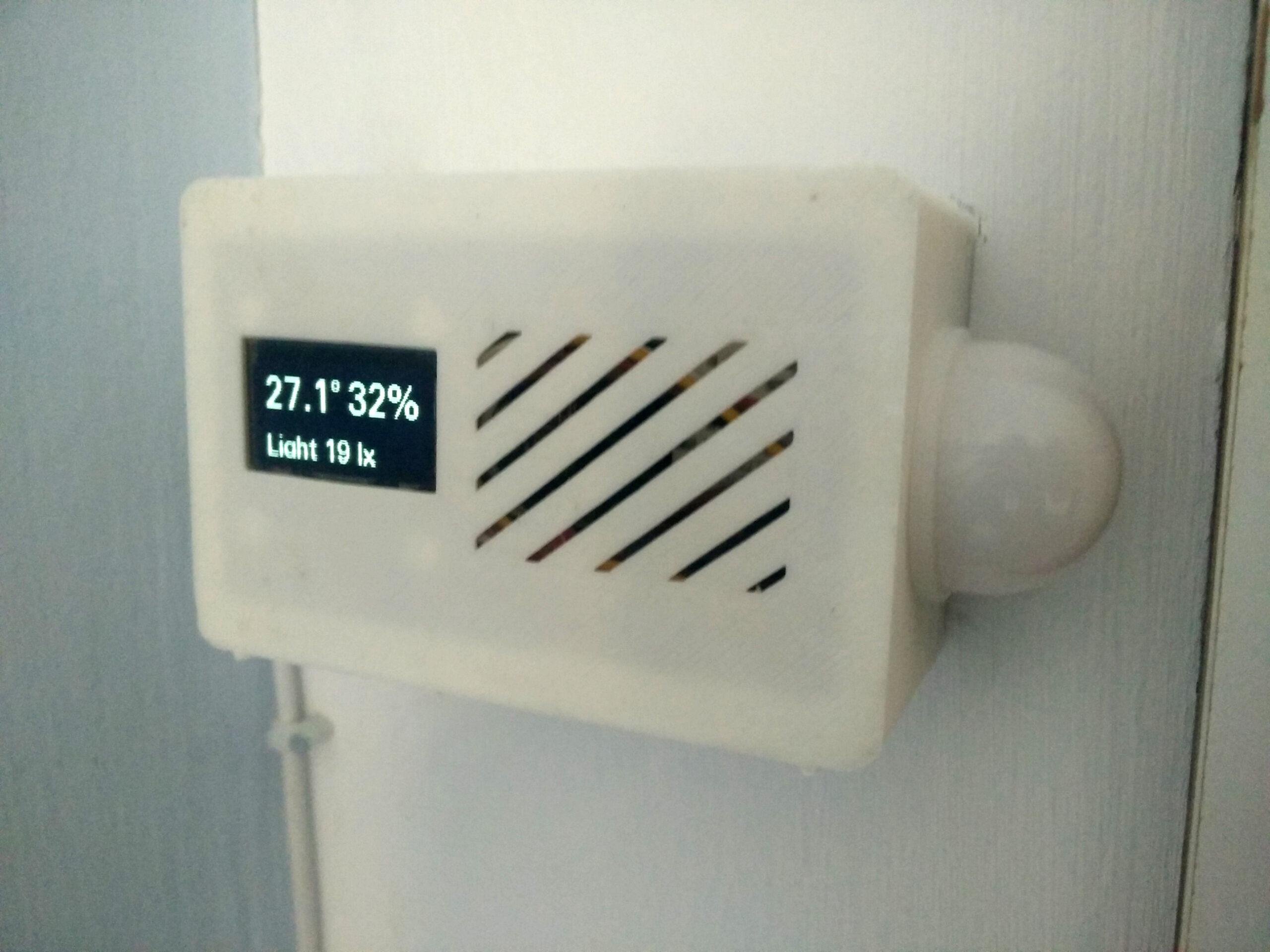 Open Bedroom Thermometer